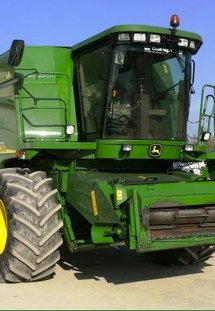 Moissonneuse batteuse John Deere occasion